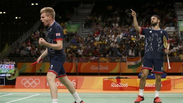 Olympics Rio 2016: GB badminton duo Ellis and Langridge bag bronze after beating Chinese pair - Rio 2016 - Badminton - Eurosport