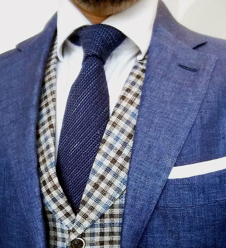 Blue linen blazer, checked vest and blue giro ingese tie from Suitsupply Gentlemen Scholars Club