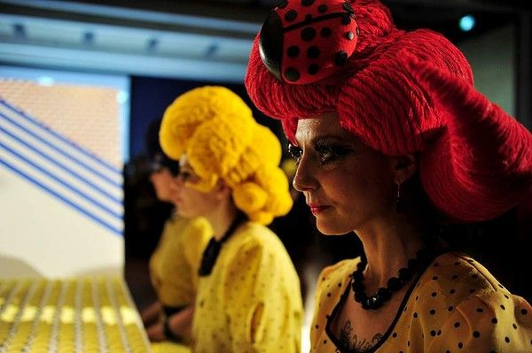 Nataional Gallery of Australia holds the Roy Lichtenstein Pop Remix opening night party. Seeing Dots Penelope Benton and Alexandra Clapham  Performance installation Non-structural pine, MDF, stickers, lollies  Wigs designed and created by Jasmina Black  Performers Penelope Benton, Jasmina Black and Marni Jackson.  Photo: Lyn Mills - Canberra Times  #art #lichtenstein #party #popart