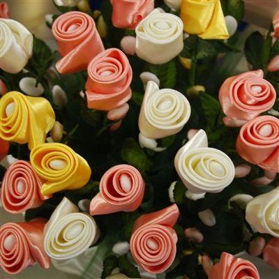 Serena Rose Confetti Flower