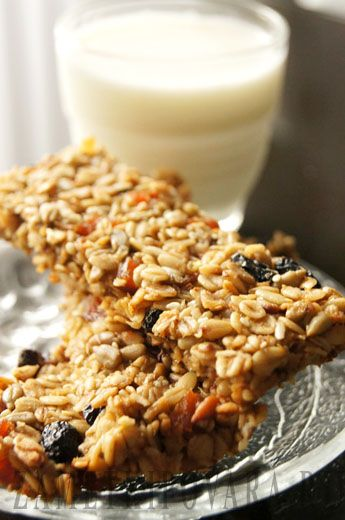 Чтобы жить с удовольствием немаловажно здоровое питание, чтобы всегда чувствовать себя на высоте! http://lifezon.ru/ предлагает рецепты быстрых и полезных перекусов. подробности на lifezonru.blogspot.com