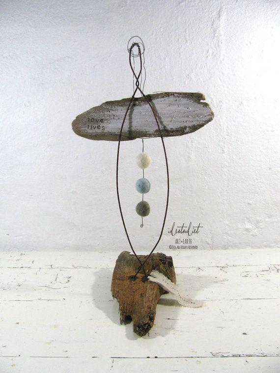 Skulptur eines eine Art Engel Treibholz und Draht Liebesleben Mixed Media Art