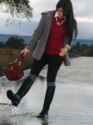 aliciaentrelazosyvestidos Outfit  lluvia casual boots  Invierno 2012. Combinar Botas Negras Decathlon, Jersey Rojo Granate everything 5 pounds, Cómo vestirse y combinar según aliciaentrelazosyvestidos el 17-1-2013