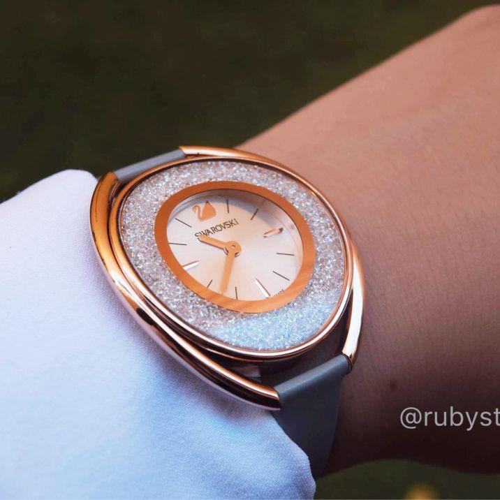 swarovski watch ,ساعة سواريفسكي جميلة
