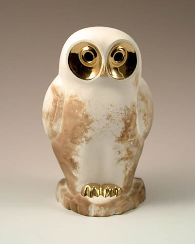 Owl :: Pauline Pelletier, a ceramist by trade, works out of her workshop located in Old Cap-Rouge in Quebec City. She has been working clay for over forty years with ardor, pleasure and a constant councern with excellence. Her animals are in ceramic of Faïence with golden aplliques in real gold.