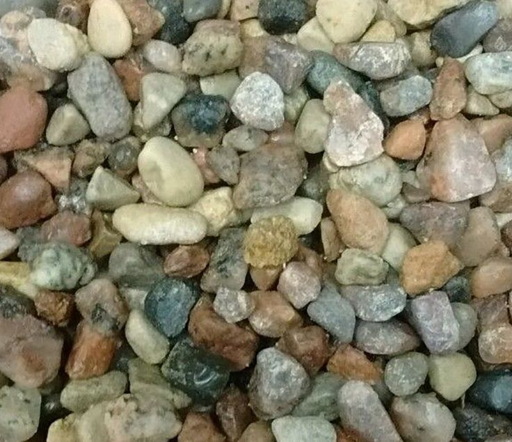 """Amazon.com : Safe & Non-Toxic {Small Size, 0.13"""" to 0.25"""" Inch} 30 Pound Bag of Gravel & Pebbles Decor for Freshwater & Saltwater Aquarium w/ Earthy Toned Smooth Rustic River Style [Brown, Tan & Gray] : Pet Supplies"""