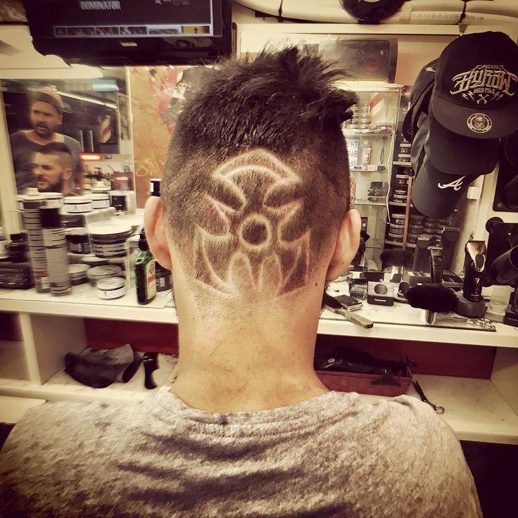 @dominatorofficial @dominatorfest #thierreezbarbershop #dominatorofficial #dominatorfestival2017 #thierreezbarbershop #barber #barbershop #hair #coiffure #degrade #fade #coiffeur ThierreeZ BARBERSHOP coiffeur et barbier à Aix en Provence infos et rdv: 0611161256 et www.thierreez.com