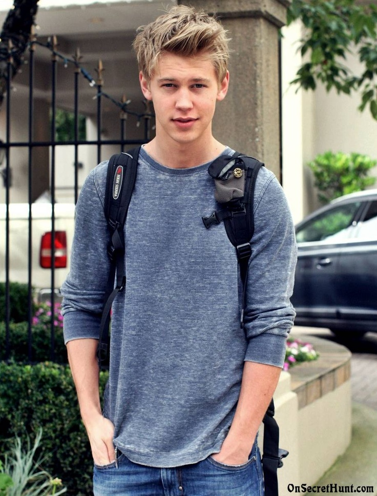 Austin Butler, he is just hot!