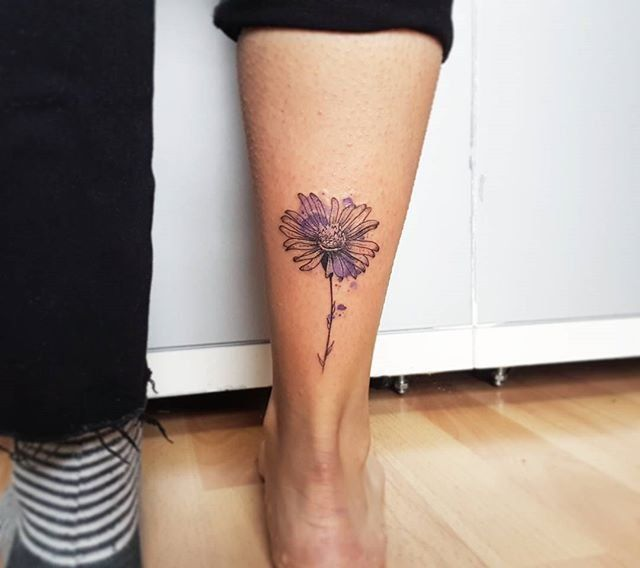 Forget About Your Zodiac Sign These Gorgeous Birth Flower Tattoos Are So Much Better Birth Flower Tattoos Flower Tattoos Tattoos For Women Small