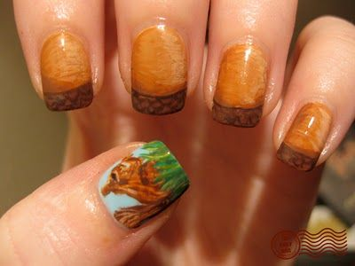 omg - a manicure with acorns and a little squirrel. this is some next-level shit right here!