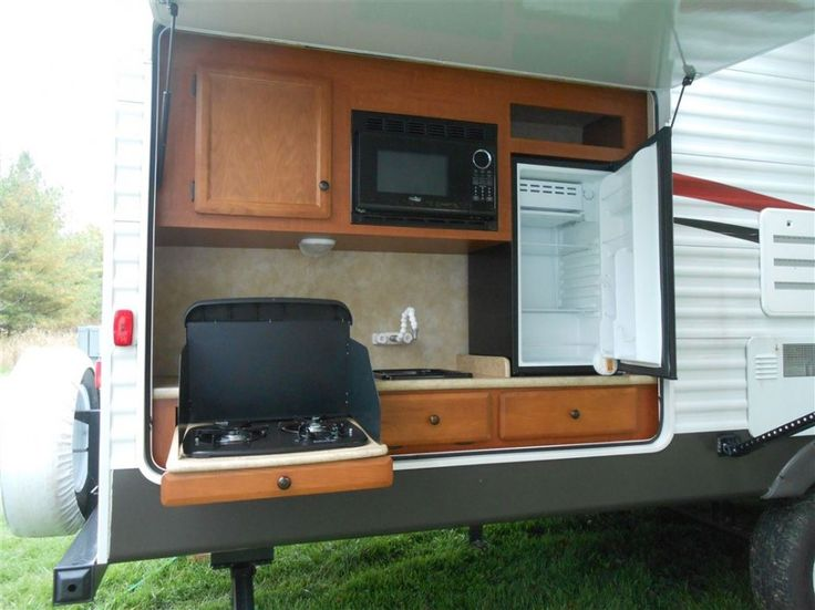 Inimitable outdoor kitchens for rv with cherry wood finish for Camper kitchen designs