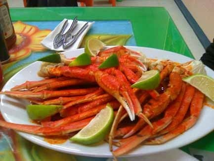 Patas de Jaiba al Estilo (seasoned snow crab legs) at Mariscos la Fogata.  #crablegs #crab #seafood #Mexican #food #restaurant #snowcrab #mariscos