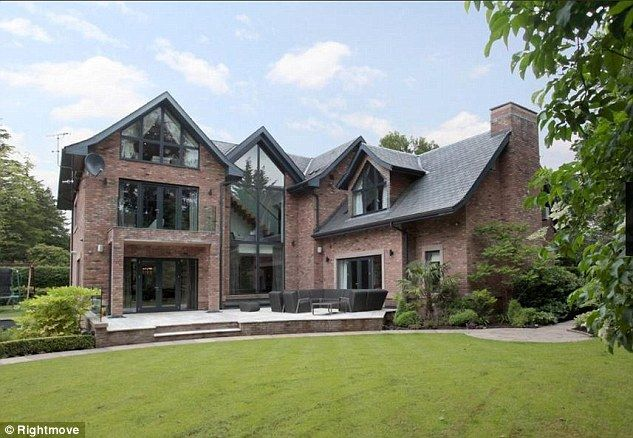 Phil Neville puts £3.6m mansion up for sale #dailymail