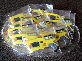 1000 Ideas About Nerf Gun Cake On Pinterest Nerf Cake