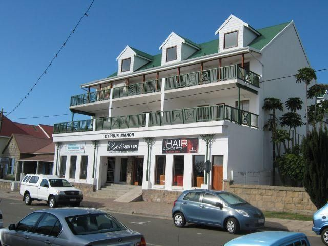Exceptional value  Apartment situated in Mossel Bay, walking distance from the Point and CBD. 2 bedrooms, with 1 bathroom, basement parking, remote electronic gate. Sea View  WEB REF: 101118630 #apartment #property #mosselbay