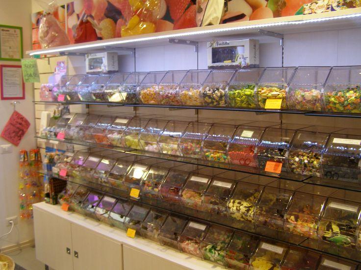 11 best arredamento negozi di dolciumi e articoli da for Arredamento regalo