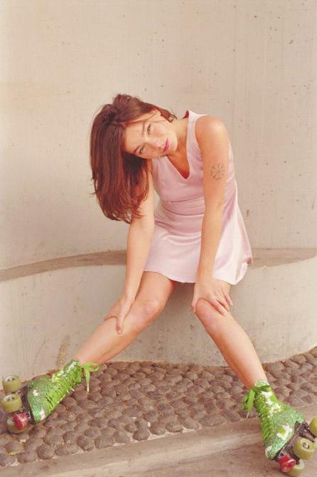 BjörkRollers Girls, Bjork Guđmundsdóttir, Bjork Xxx, Rollers Skating, Rollers Björk, Bjork 90S, Björk Guđmundsdóttir, Björk, Photos Rollerskating