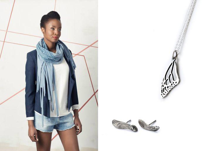 Samara stud earrings - sterling silver helicopter post earrings et aile de papillon - collier d'aile pour le monarque à la main en argent sterling. Vêtements, Noujica.