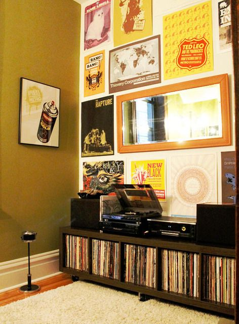 i love this little hipster record nook w/ the freestanding ashtray