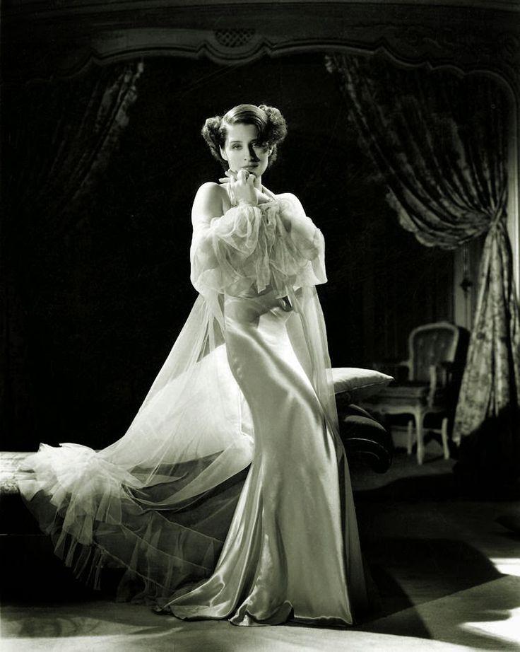 Gods and Foolish Grandeur: Norma Shearer