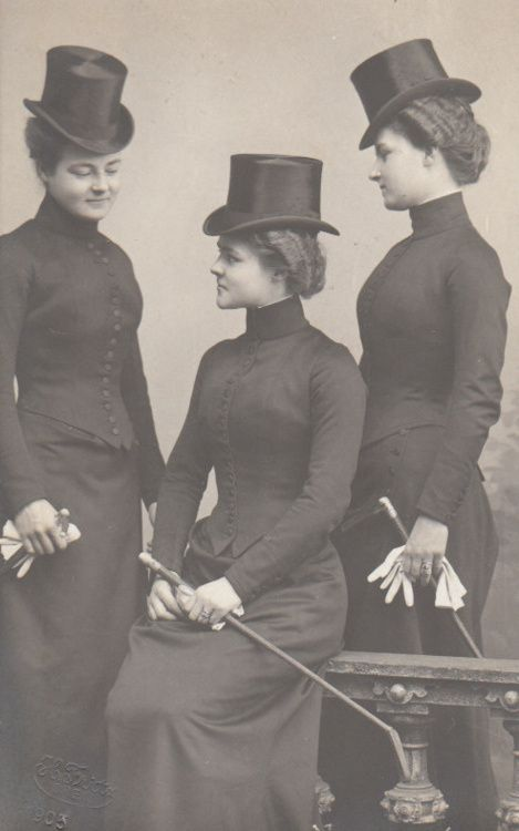 Princess Hermine Reuss of Luxembourg with her daughters Caroline and Emma in their riding habits, ca.1900. |