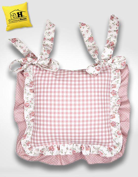 Il favoloso cuscino per sedia di Angelica Home & Country della Collezione Rose Couture