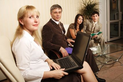 Plan meetings in advance and provide agendas to provide effective communication in meetings
