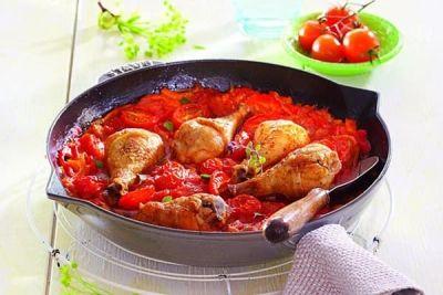 Pulpe de pui în sos de vin (rețete românești pe gustul tău) http://www.antenasatelor.ro/curiozit%C4%83%C5%A3i/tehnologie/8787-pulpe-de-pui-in-sos-de-vin-re%C8%9Bete-romane%C8%99ti-pe-gustul-tau.html