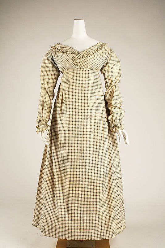 Morning dress, ca. 1820, British, cotton. In the Metropolitan Museum of Art collection. (More pictures of this dress are available on the museum's website.)
