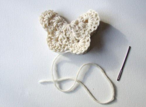 crochet butterfly pattern   photo tutorial ❁•Teresa Restegui http://www.pinterest.com/teretegui/•❁