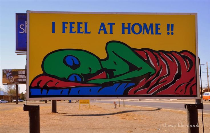 Visiting the Alien City of Roswell New Mexico - The World Is A Book
