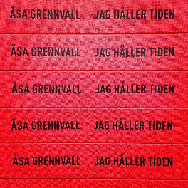 🔴🍒🍎🍓🍅🔴 #jaghållertiden #åsagrennvall #systerförlag #röd