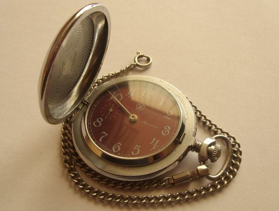 Vintage MOLNIJA Huntercase Soviet Pocket Watch СAPERCAILLIE stamping watch chain