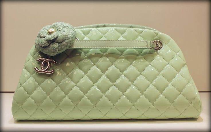 How gorgeous is this Chanel handbag in mint?