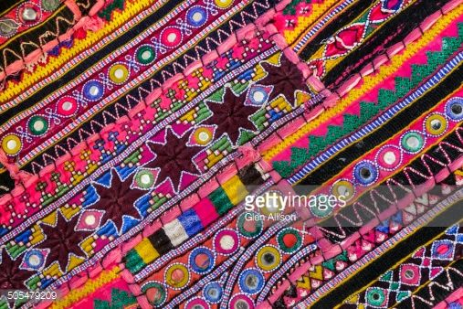 Rajasthani textile fabric embr: gettyimages.com