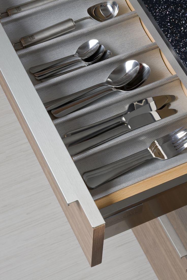 17 best ideas about utensil organizer on pinterest for Vertical silverware organizer