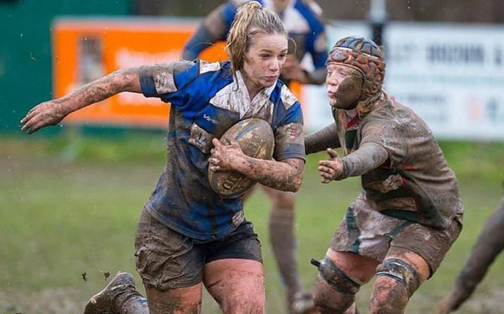 daughter_rugby_1.jpg (715×446)