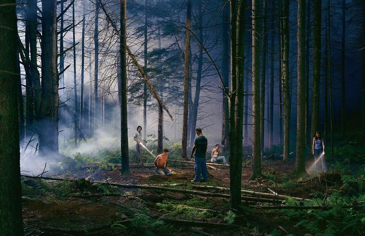 http://www.boumbang.com/gregory-crewdson/ Gregory Crewdson, Untitled, from the series Beneath the Roses, 2003, 144,8 x 223,6 cm, Digital chromogenic print © Gregory Crewdson