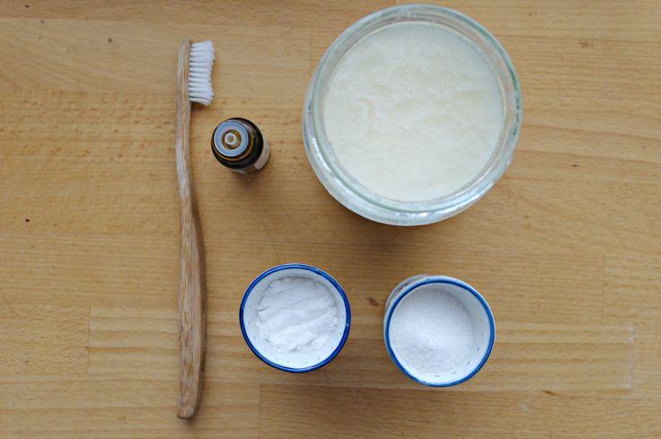 Ekologiczna i domowa pasta do zębów - to możliwe! Przepis na blogu.