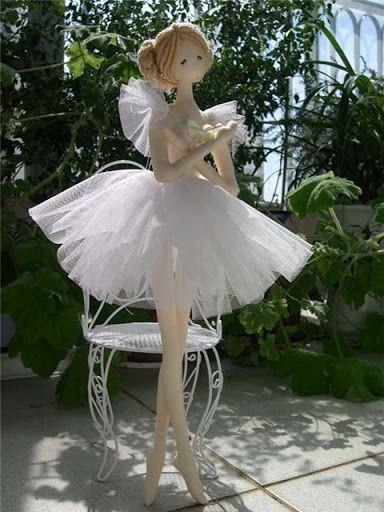 Bailarina traje rosa - Juany Cavero - Álbumes web de Picasa