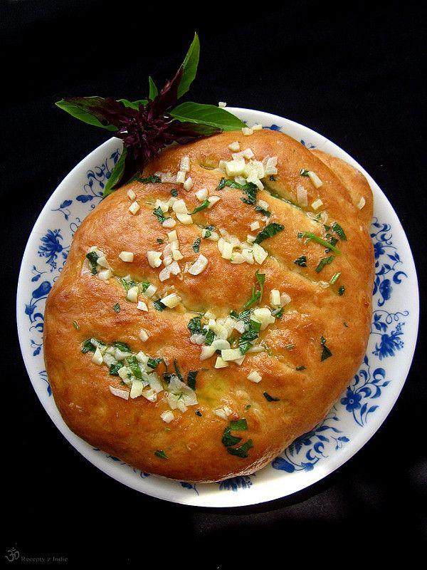 Chlebove cesnakove palicky