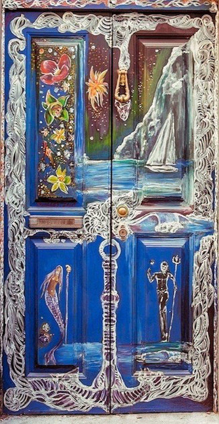 Door in Funchal, Madeira Island - Photo by Ricardo Irun Sousa - http://www.world-in-words.com/album/open-art-doors-in-funchal/a03-z1308095d-sta-maria-50-ricardo-irun-sousa-jpg/