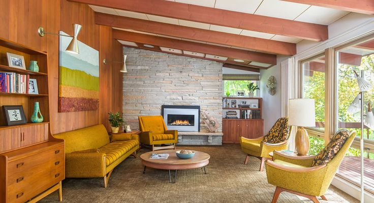 This mid century ranch renovation by Peterssen Keller Architecture is a serious…