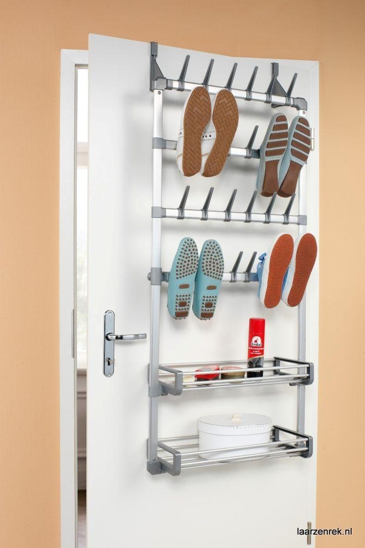 Ruco wand en deur schoenenrek met 2 opbergvakken sfeerimpressie.