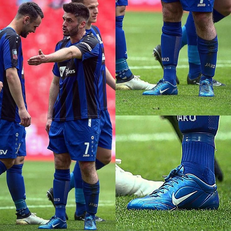 #FootyBootspotting Remember these? The FA Vase Final saw Liam Davis of Cleethorpes Town rocking the Mercurial Vapor II from 2004!