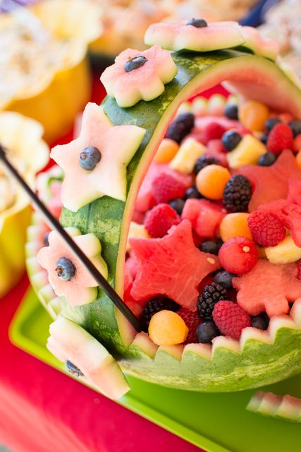 Beautiful fruit basket #fruit #picnic #watermelon #basket