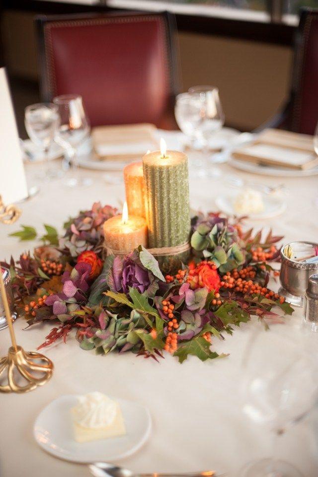 Auf der Hochzeit sorgen Kerzen für Romantik