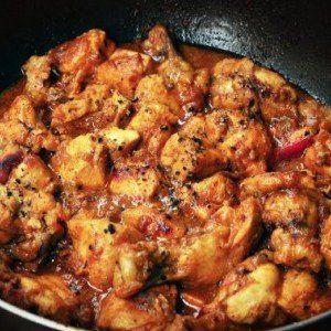 One-Pot Black Pepper Chicken - bell pepper, ginger, garlic, soy sauce, vinegar, honey and EVOO