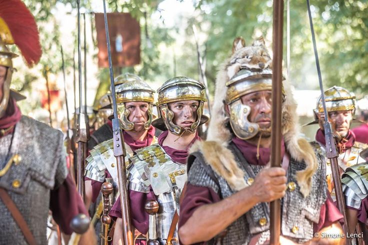 #nofilter #otricoli #ocriculum #romans #roma #battle #waiting #waitingfor #story #ad168 #fear #boy #legionari #antichiromani #generale #imperator #italy #italia #picoftheday #green #lance #gladio #sword #gladiator #ancientrome