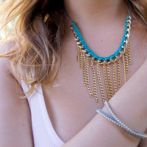 Chunky golden chain and green cotton by MediterraniumJewelry #chunky #statement #necklace #mediterraniumjewelry